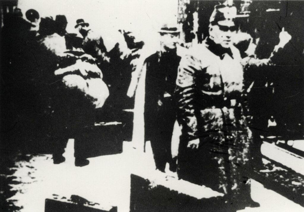 Deportation am 8.12.1941 von Fulda nach Kassel und weiter nach Riga; Stadtarchiv Fulda