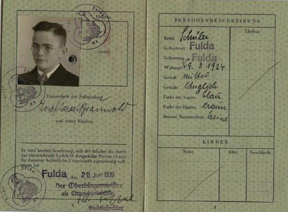 Josef Braunolds Reisepass, innen