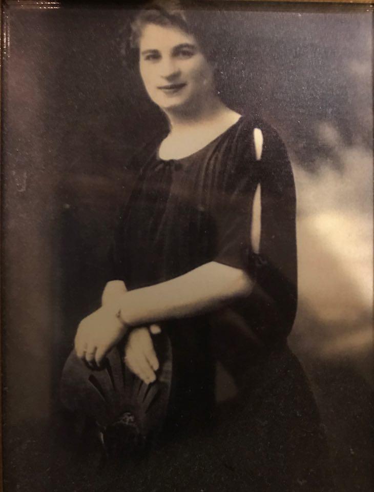 Jochwett (Yetta) Zins, jüngere Schwester von Feiga Herbstmann, geb. Zins