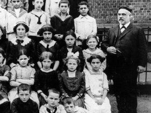 Abraham Sonn, Lehrer in der Jüdischen Gemeinde Fulda   Abraham Sonn, worked as a teacher for the Jewish community of Fulda
