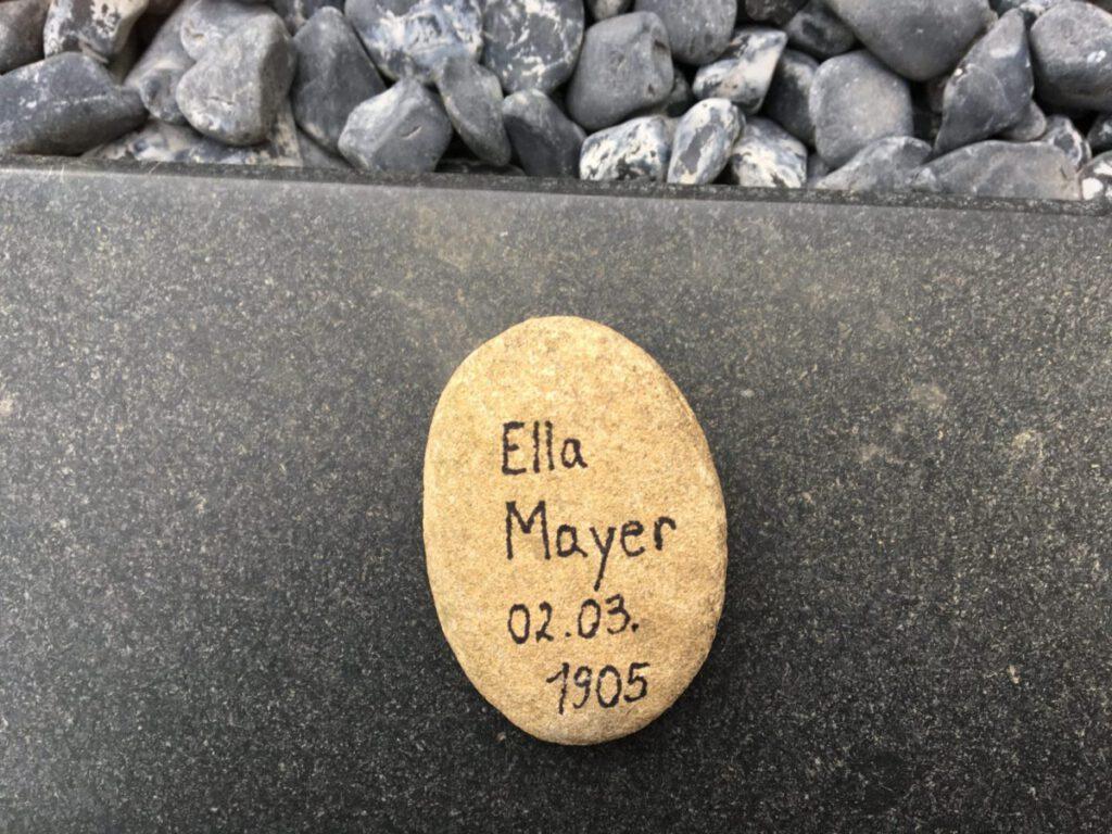 Ella Mayer