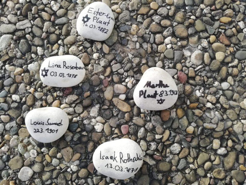Gedenksteine Leonard, März 2021
