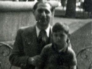 Heinrich (Henri) Herbstmann (l.) und sein Sohn Maurice | Hermann (Henri) Herbstmann (l.) and his son Maurice
